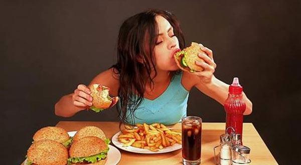 """""""情绪性进食""""成澳大利亚人肥胖主因"""