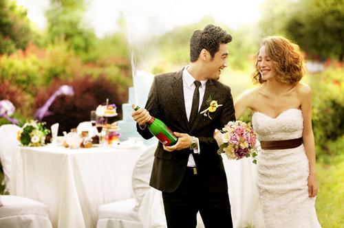 适合在婚礼上播放的歌曲,你更喜欢哪一首?