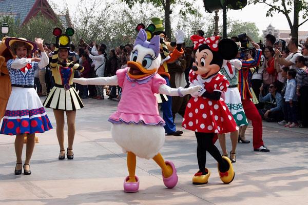 """上海迪士尼试运营被吐槽消费""""贵"""""""