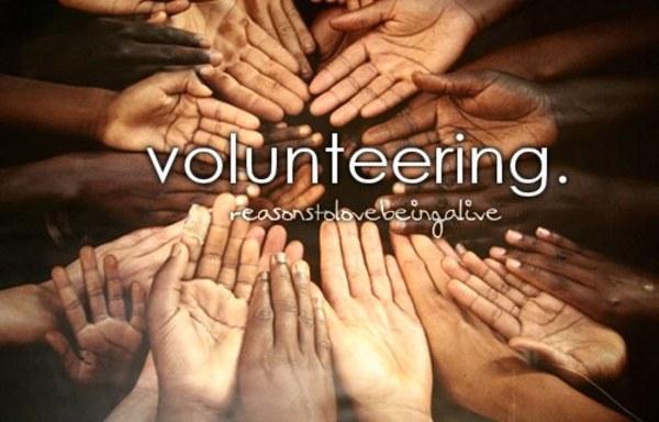 初中英语作文:Volunteer志愿者