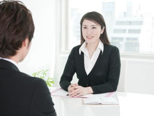 大学英语作文:Advantages of Job Interview面试