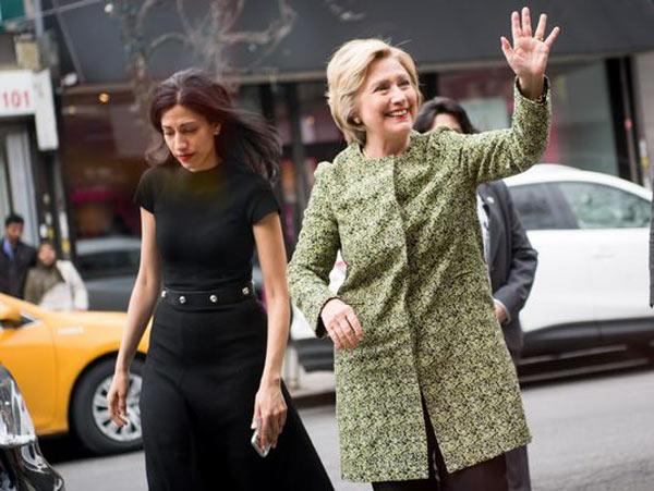 """剧情又反转!FBI不起诉希拉里 """"邮件门""""阴霾散去"""