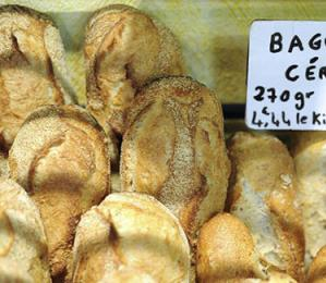 太勤劳犯法?法国面包师被罚款2万 只因一周工作7天