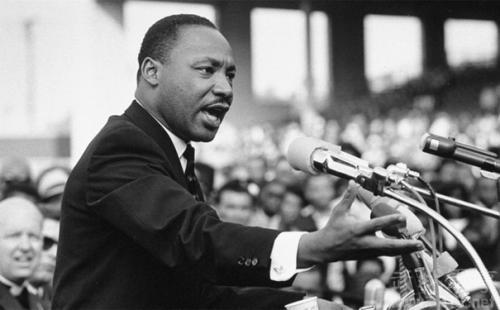 马丁路德金英语演讲稿:我已达到顶峰