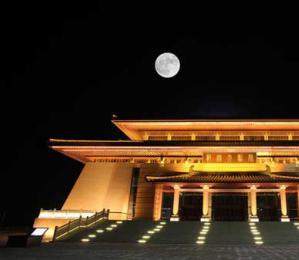 """中国拟在月球背面种花养蚕 打造""""微型生态圈"""""""