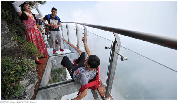 够胆你就来:中国最惊险的户外景点