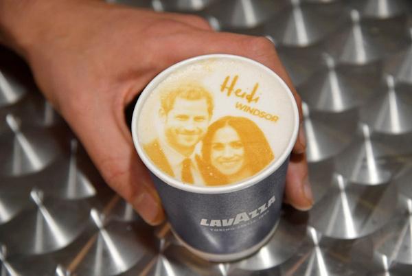 牛津热词:特别的拿铁咖啡