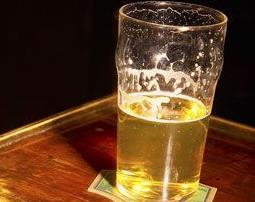 实战口语情景对话:Drinking 戒酒