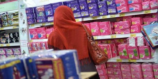 """印度取消卫生巾税,这还要感谢宝莱坞""""护垫侠"""""""
