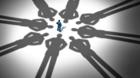 领导的数量太多 会使得工作效率低下