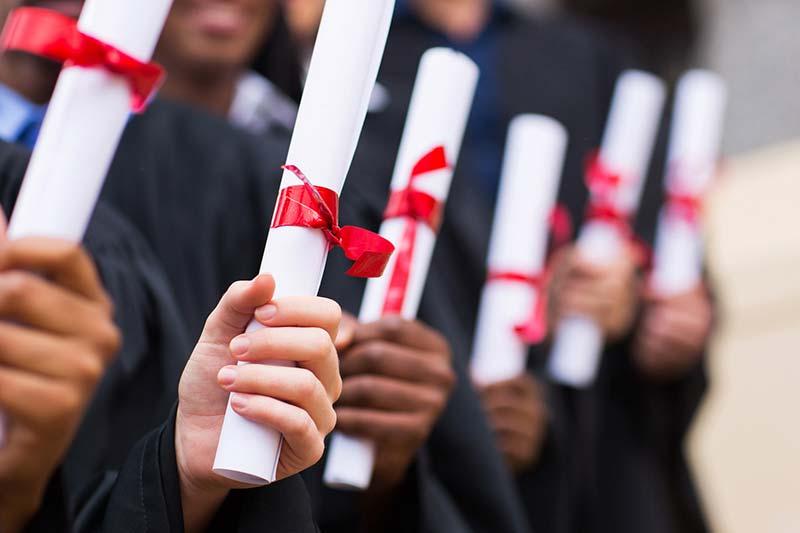 英国政府拟推两年制学位课程