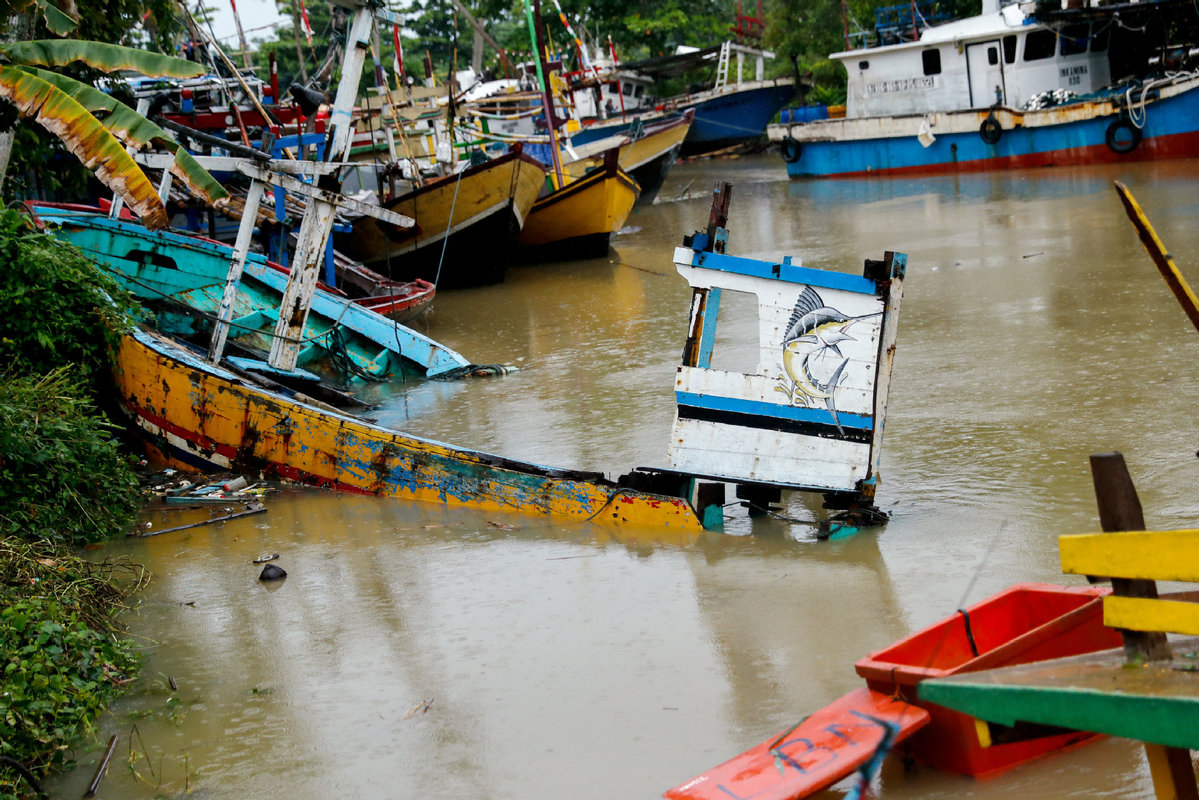 印尼海啸已致227人死亡 或为火山喷发引起