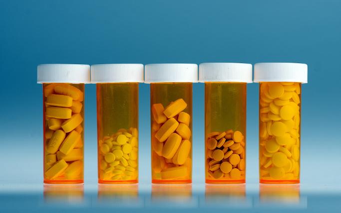 11个城市试点药品集中采购和使用 减轻药费负担