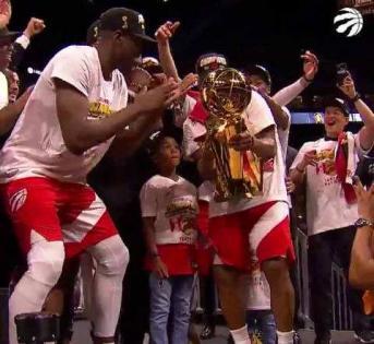 多伦多猛龙队赢得了他们的第一个NBA冠军