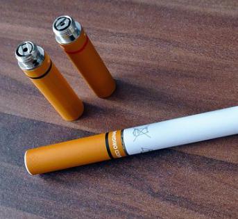 印度下令禁止销售电子香烟