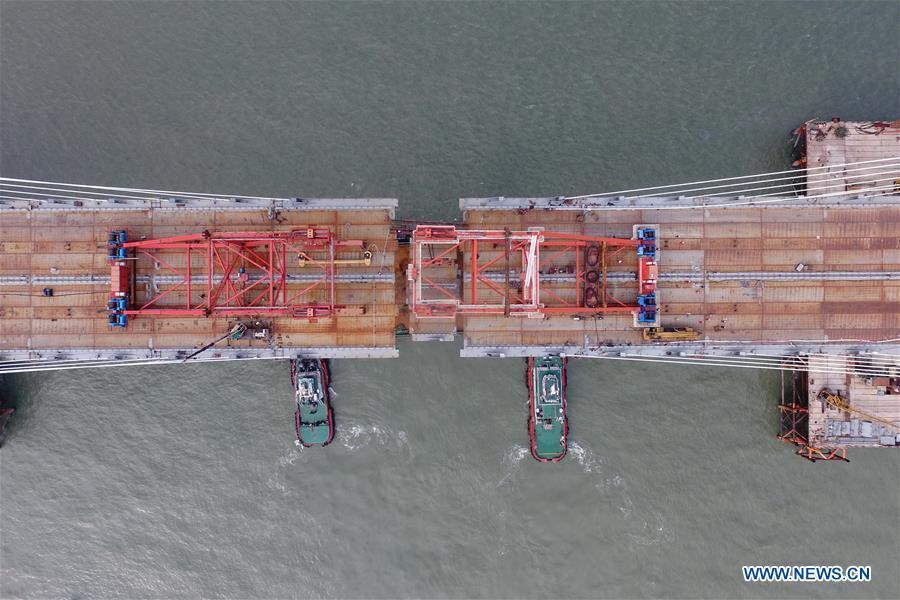 世界最长跨海公铁大桥在福建建成 预计明年正式通车